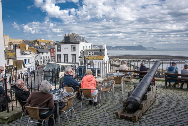 Lyme Regis: Today relax; yesteryear fight!