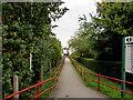 SJ3250 : Path to platform 4, Wrexham General railway station by Jaggery