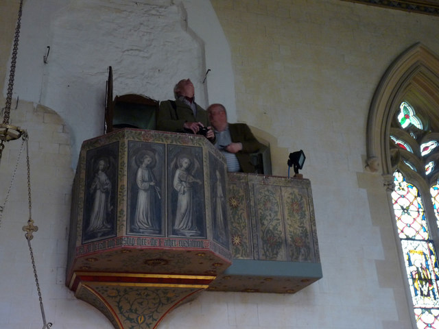 Organ-loft balcony complete with church-crawlers