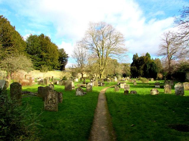 Path through the Parish churchyard, Cirencester