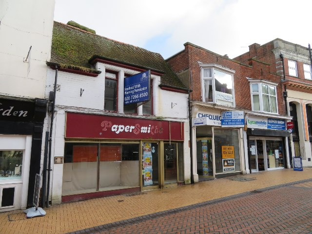 Vacant shops - Winchester Street