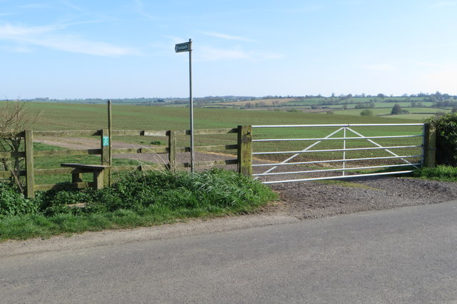 Footpath towards Helmdon