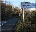 ST1572 : Bilingual village boundary sign, Michaelston-le-Pit in the Vale of Glamorgan by Jaggery