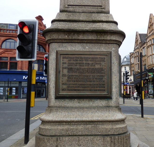 Plaque on the Market Cross (3)
