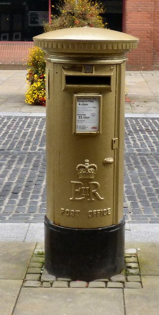EIIR gold postbox (BL1 3)