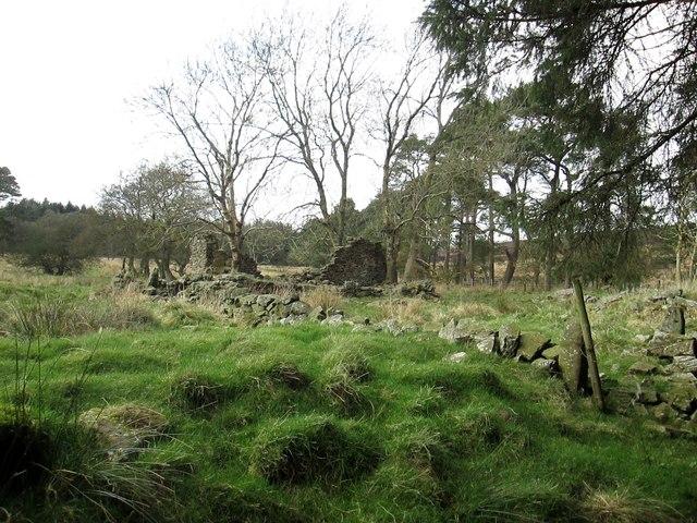 Farm  ruin  at  Wardle  Green