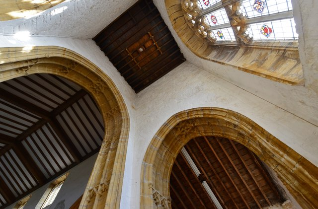 Cerne Abbas, St. Mary's Church: Two mid c15th arches 2