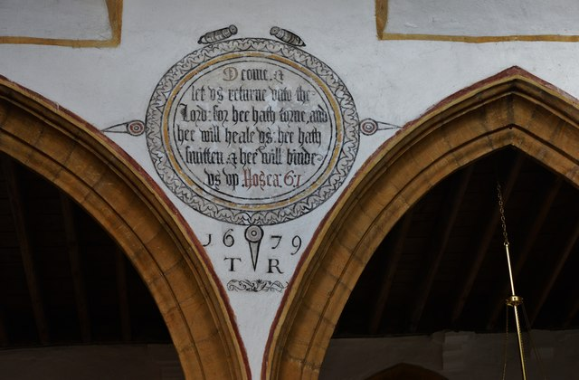 Cerne Abbas, St. Mary's Church: Painted wall text in the nave 1
