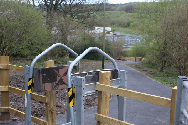 Squeeze stile at top of new path, Oakdale
