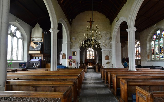 Colyton, St. Andrews Church: The nave