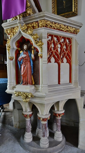 Colyton, St. Andrews Church: The pulpit of 1897