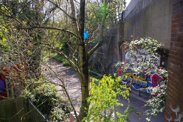 Former M1 slip-road at Bunn's Lane
