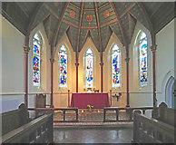 TQ1572 : Holy Trinity, Twickenham Green - Sanctuary by John Salmon