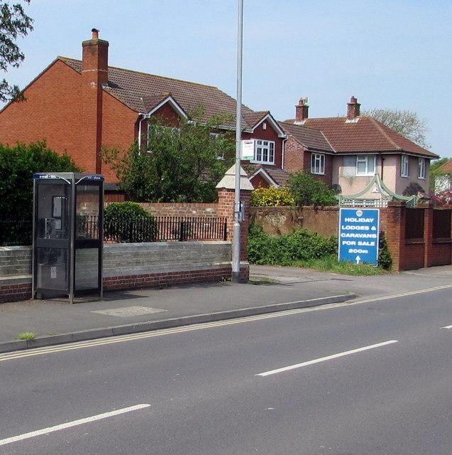 Berrow Road phonebox, Burnham-on-Sea
