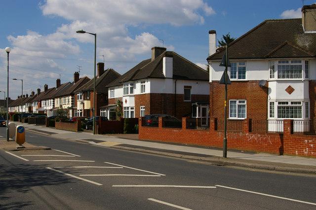 Housing on Pursley Road, Mill Hill