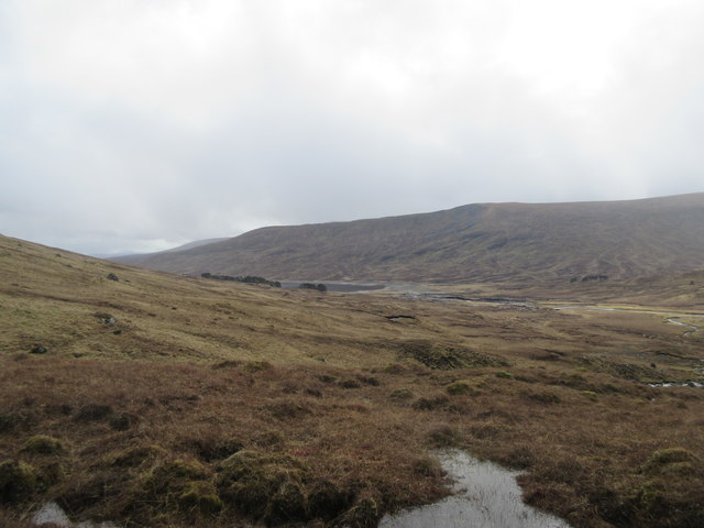 Descending to Loch Fannich