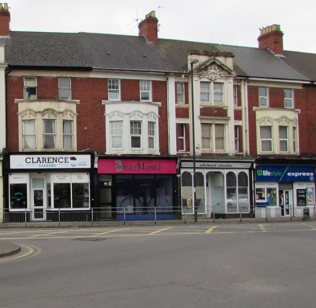 Clarence Barbers, Newport