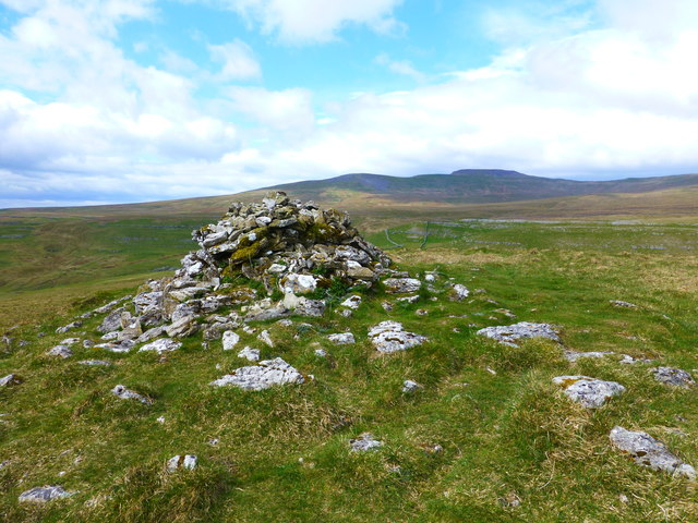 The cairn on Long Scar