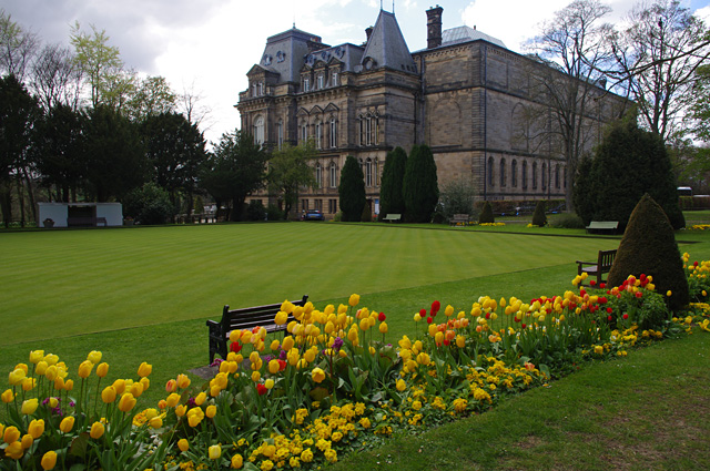 Bowling green, Bowes Museum