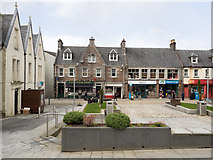 NN1073 : Cameron Square by Trevor Littlewood