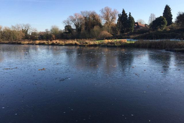 Kingfisher Pool frozen, Myton Fields, Warwick