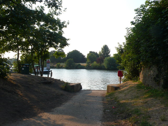 Slipway at Thames Ditton