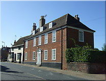 TL8663 : Houses on Southgate Street, Bury St.Edmunds  by JThomas