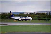 SJ8184 : Boeing 737 at Manchester Airport by David Dixon