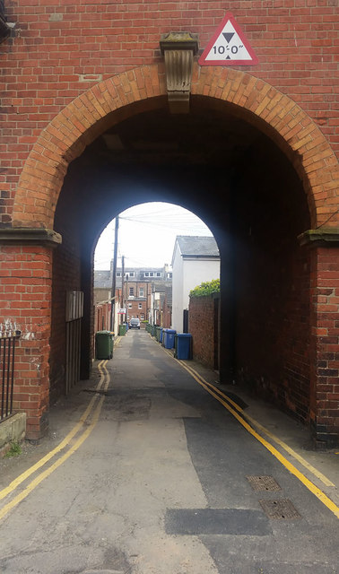 Archway access to rear of Hudson Street