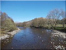 NN3528 : River Fillan by Iain Russell