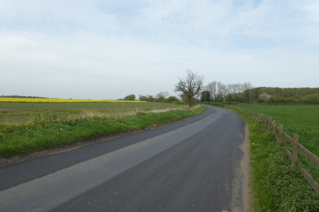 Looking along Rudgate