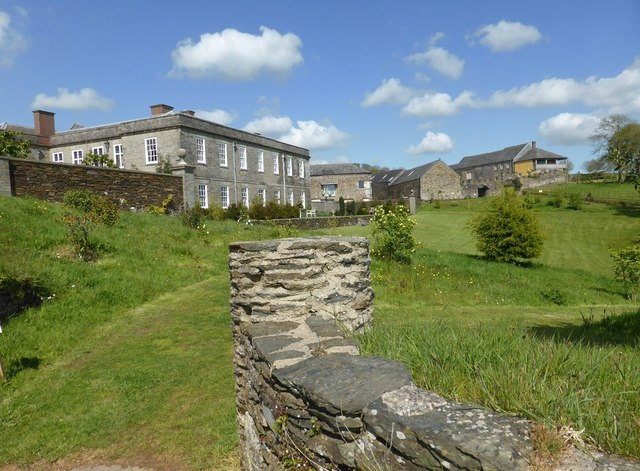 Shilstone House and outbuildings