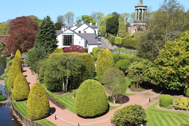 Banks o' Doon Garden, Alloway