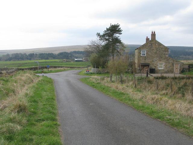 Minor Crossroad at Lane End