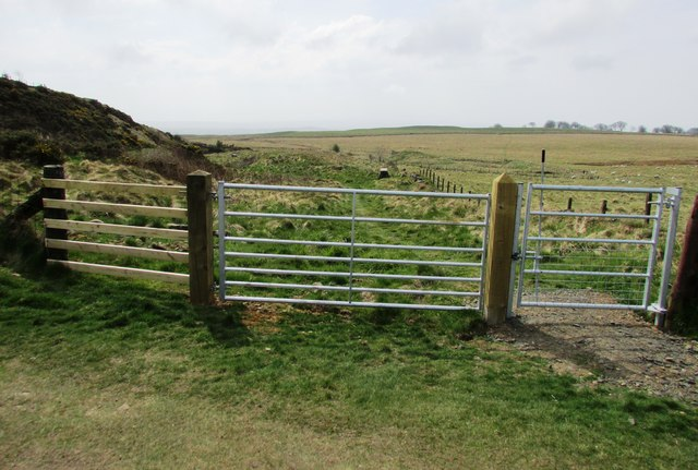 The gate to the limekilns, Lomond hills