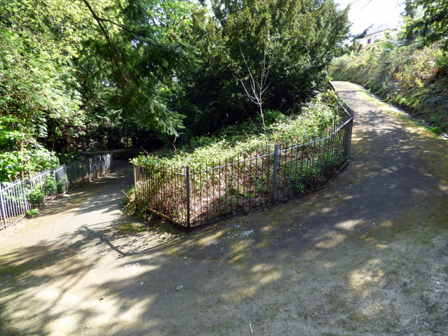 Driveway to Birkmyre Park