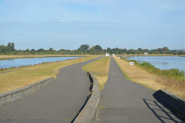 Looking along side Dorney Lake