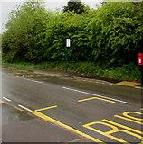 SO2606 : X24 bus stops near Salisbury Terrace, Varteg by Jaggery