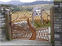 SH5752 : Lon Gwyrfai gate at Rhyd Ddu by Eirian Evans