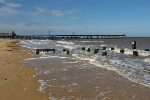 Claremont Pier and remains of old jetty