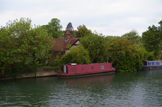 River Thames, Oxford: site of Medley Lock