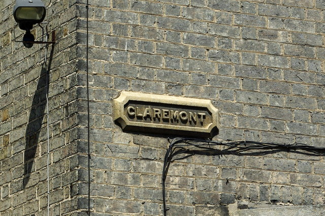 Carved stone street name for Claremont