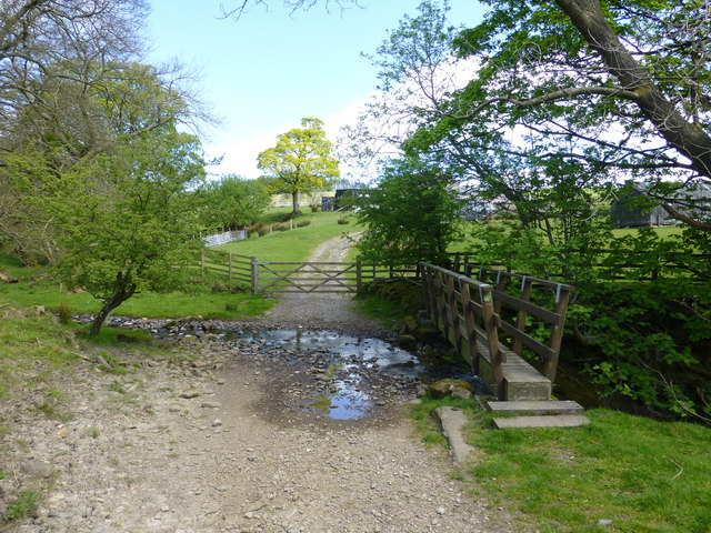 Ford and footbridge at Higher Fencewood farm