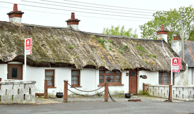 Thatched cottages, Ballymacormick Road, Bangor (May 2017)