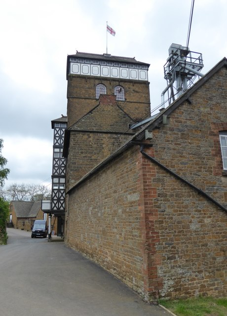 Hook Norton Brewery - Old Brewery and tower