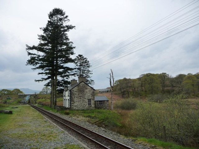 Dduallt Station, looking south