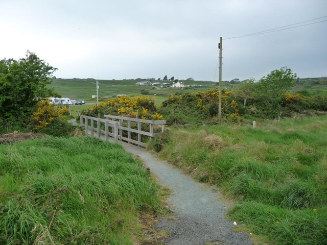 Footbridge on the path to Glan y Morfa Mawr