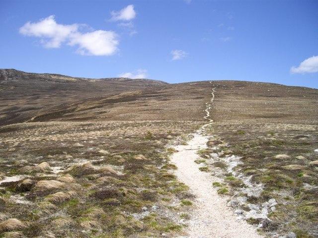 Derry Cairngorm path