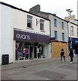 SS9079 : Evans women's clothes shop in Bridgend town centre by Jaggery