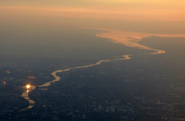 Glasgow and the Clyde at dusk from the air